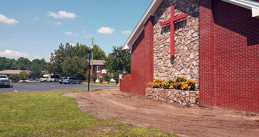 prestige-landscapes-commercial-church_51
